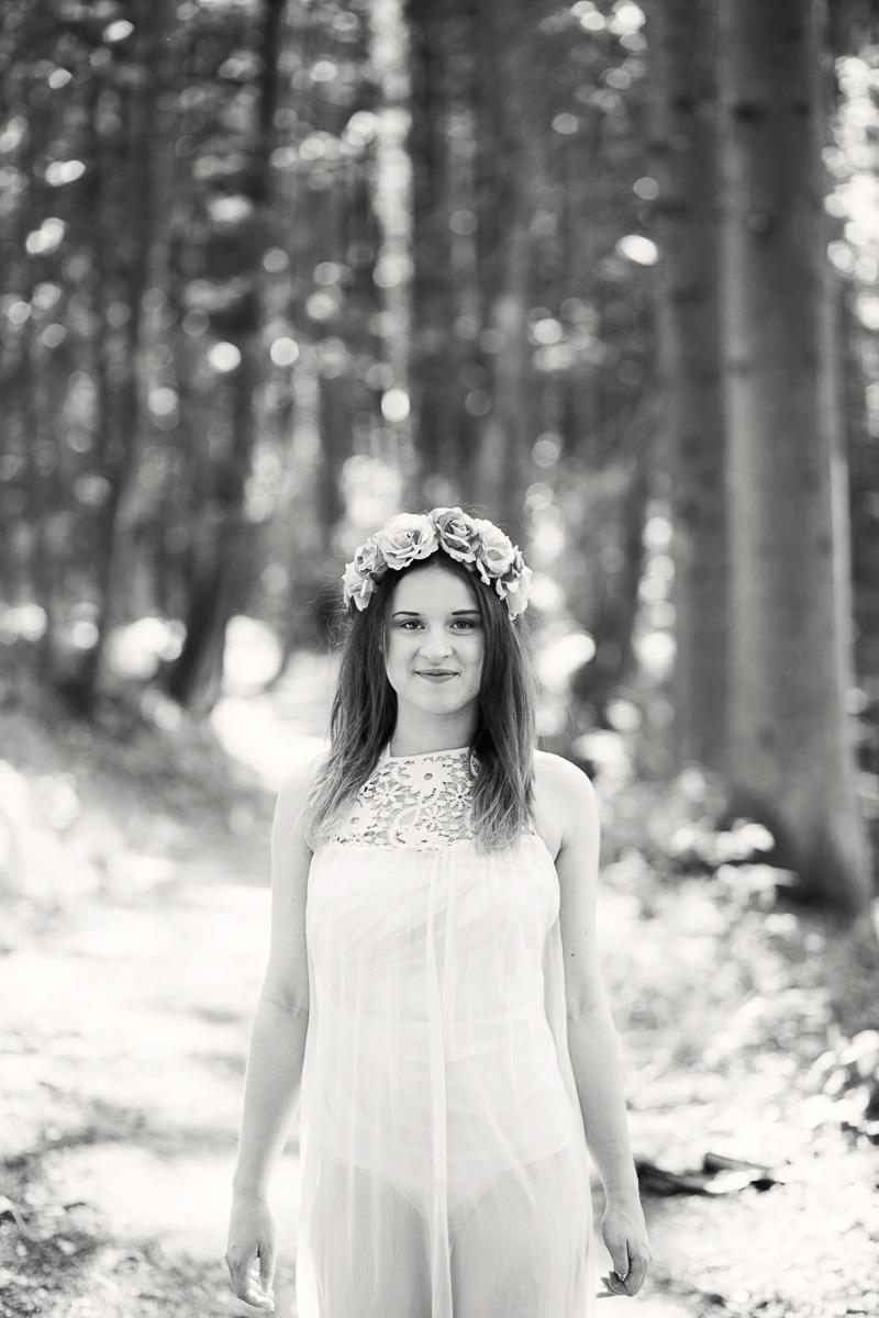 Lena im Wald (13)