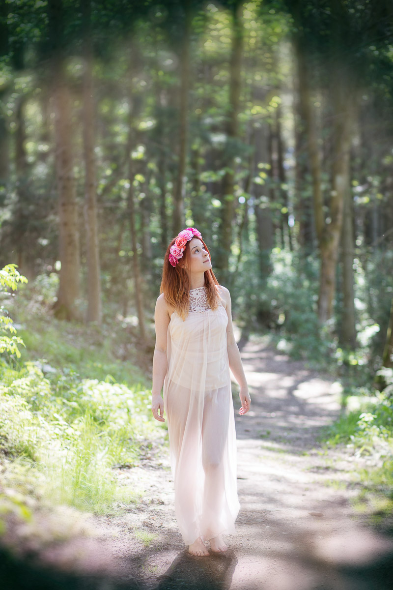 Lena im Wald (4)
