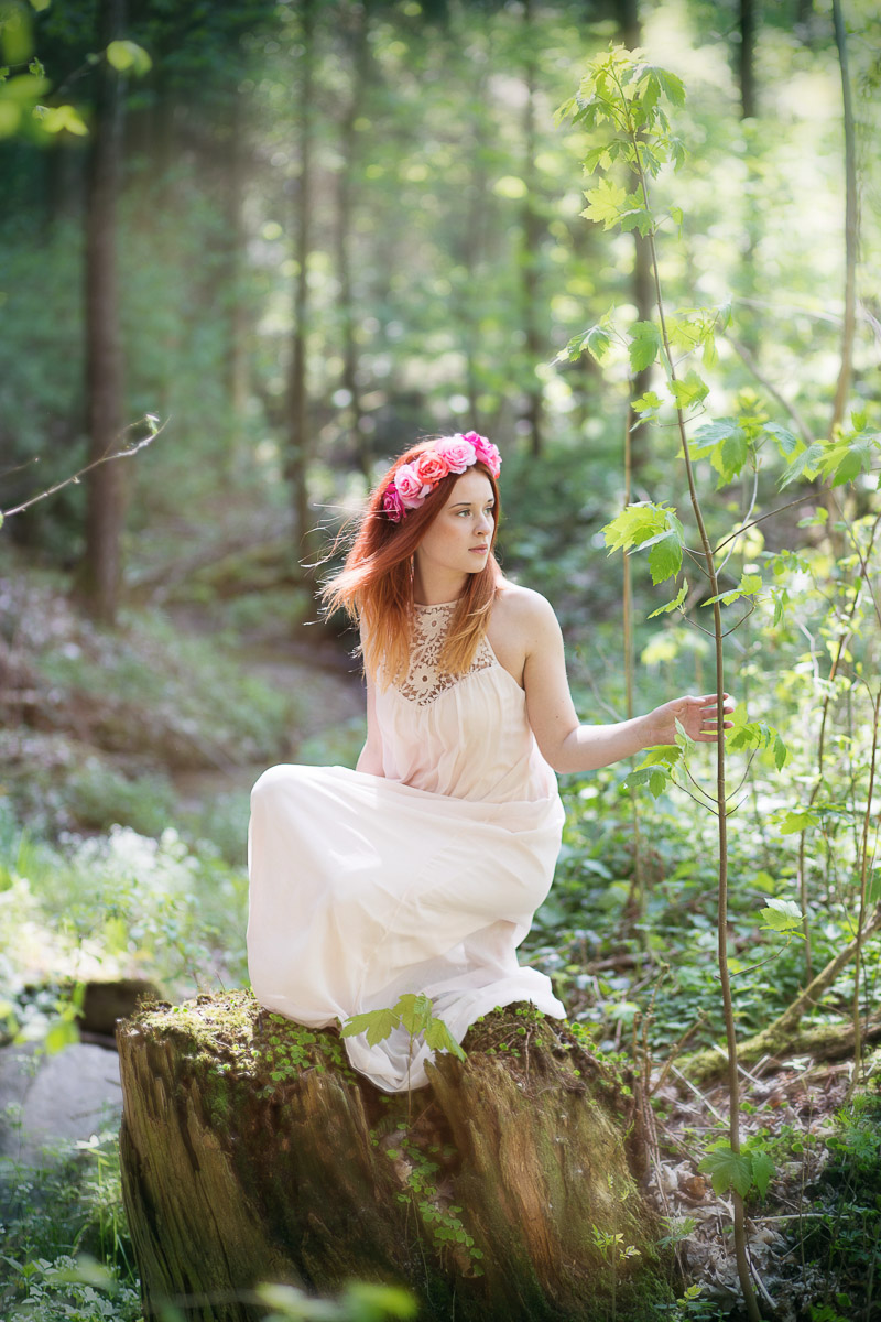Lena im Wald (5)